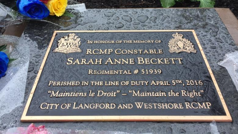 Memorial marks 1 year since RCMP constable's death