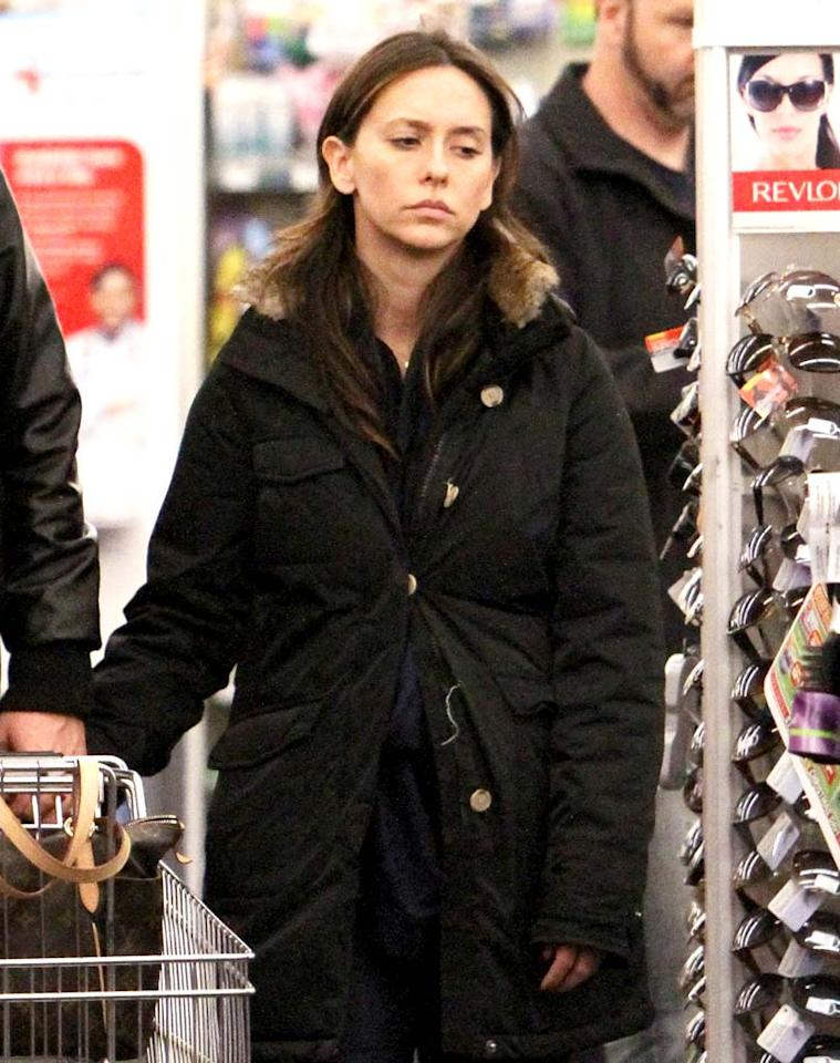 "Looking mighty unimpressed to be caught without any makeup on, Jennifer Love Hewitt was spotted hitting up a CVS in Burbank, California, for some last minute holiday supplies with her boyfriend, Alex Beh, on Monday. Fox/<a href=""http://www.x17online.com"" target=""new"">X17 Online</a> - December 20, 2010"
