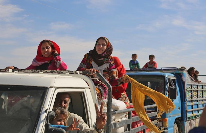 Civilians Flee In Fear As Forces Advance On Is Syria Bastion