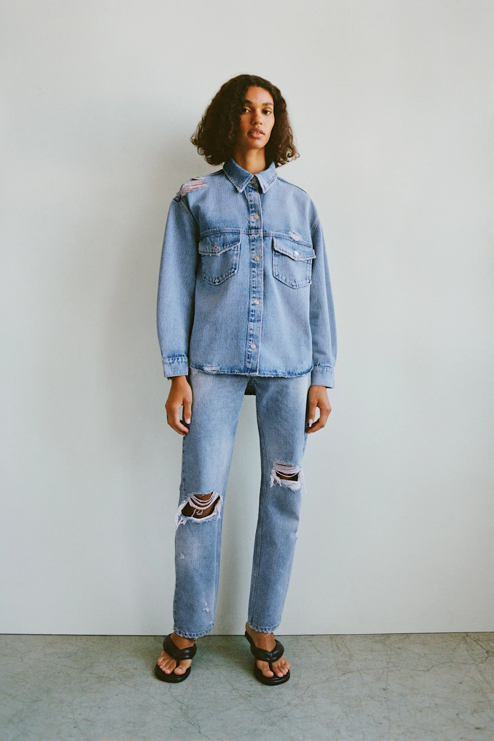 """<h2>Non-Skinny Jeans</h2><br><br><strong>Zara</strong> Ripped Pink Dye Stained Jeans, $, available at <a href=""""https://go.skimresources.com/?id=30283X879131&url=https%3A%2F%2Fwww.zara.com%2Fus%2Fen%2Fripped-pink-dye-stained-jeans-p08727067.html"""" rel=""""nofollow noopener"""" target=""""_blank"""" data-ylk=""""slk:Zara"""" class=""""link rapid-noclick-resp"""">Zara</a>"""