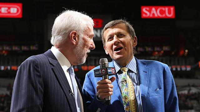 Gregg Popovich, left, giving an interview with late TNT reporter Craig Sager, who died a year ago on Friday.