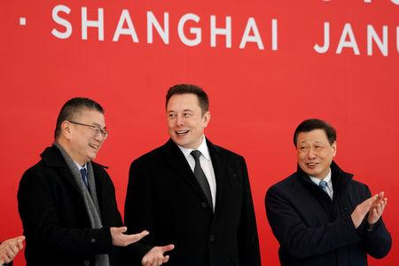 Tesla CEO Elon Musk and Shanghai's Mayor Ying Yong attend the Tesla Shanghai Gigafactory groundbreaking ceremony in Shanghai, China January 7, 2019. REUTERS/Aly Song