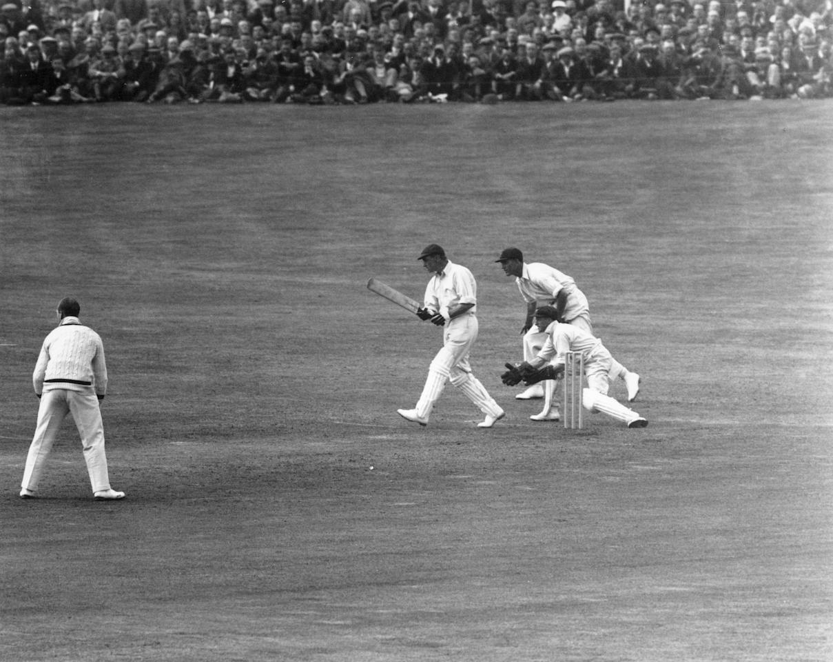1930:  England's Wally Hammond (1903 - 1965) plays Australia's Clarrie Grimmett (1891 - 1980) at Headingley, Leeds, during the Third Test of the Ashes series.  (Photo by Central Press/Getty Images)