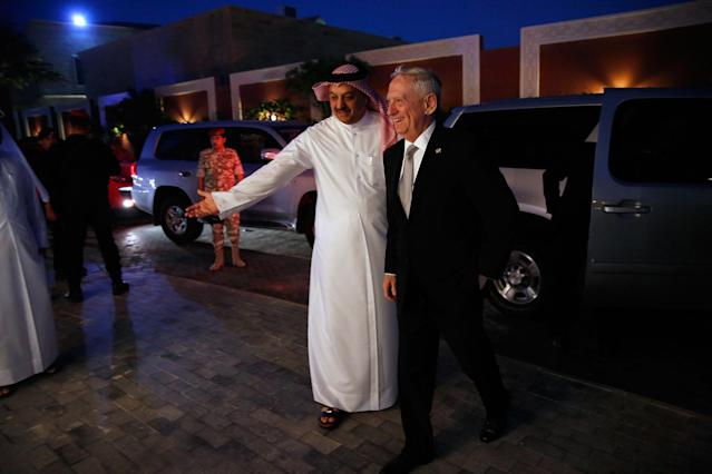 <p>Qatar's Minister of Defense Khalid bin Mohammad Al-Attiyah, left, welcomes Defense Secretary James Mattis at his residence in Doha, Qatar, Saturday April 22, 2017. (Photo: Jonathan Ernst/Pool via AP) </p>