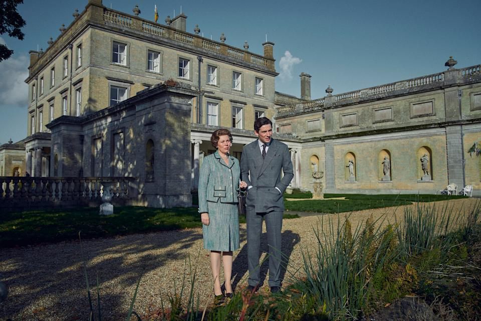 <p>The Queen and Prince Charles at Highgrove, filmed at Somerley House</p>Des Willie/Netflix