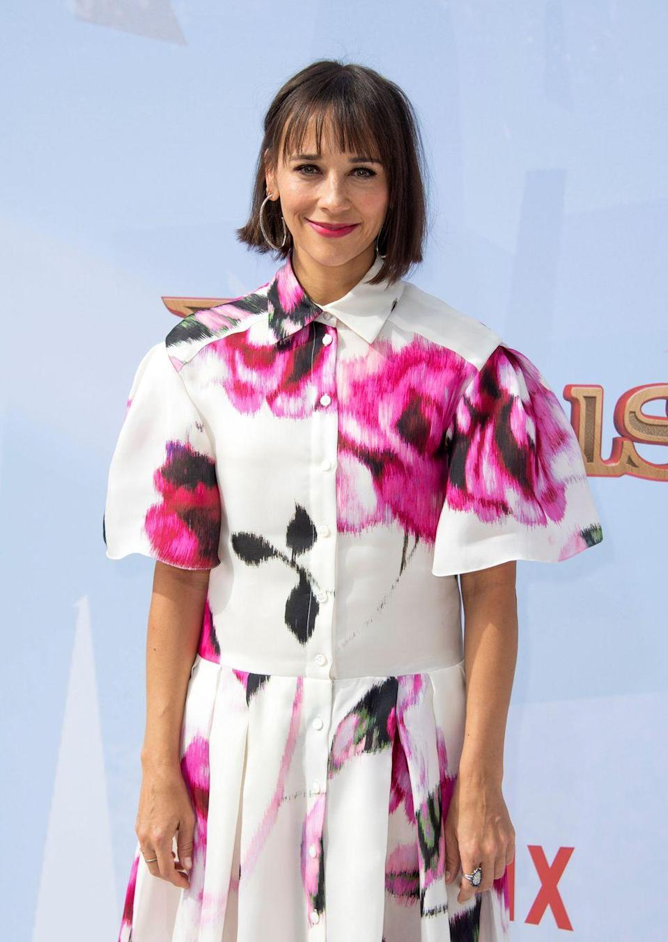 <p>The actress and producer graduated from Harvard University in 1997, where she belonged to various clubs on campus, including the Hasty Pudding Theatricals. </p>
