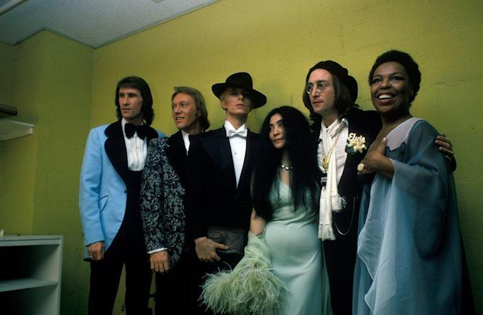 <p>Bill Medley and Bobby Hatfield of the Righteous Brothers, David Bowie, Yoko Ono, John Lennon and Roberta Flack at The Grammys on March 1, 1975 in New York City.</p>