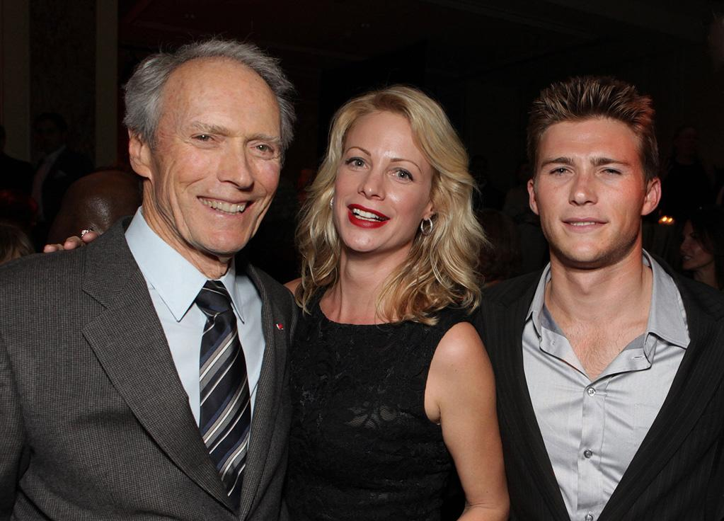 """<a href=""""http://movies.yahoo.com/movie/contributor/1800019744"""">Clint Eastwood</a>, <a href=""""http://movies.yahoo.com/movie/contributor/1800021920"""">Alison Eastwood</a> and <a href=""""http://movies.yahoo.com/movie/contributor/1809780408"""">Scott Eastwood</a> at the Los Angeles premiere of <a href=""""http://movies.yahoo.com/movie/1810073710/info"""">Invictus</a> - 12/03/2009"""