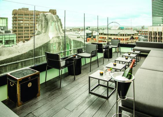 Enjoy superb views of the city from the roof terrace at Hotel Gotham (Hotel Gotham)