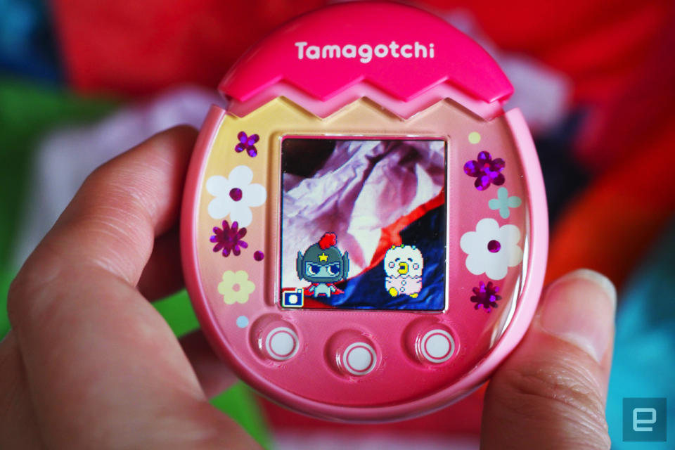 Tamagotchi Pix with two creatures on the screen