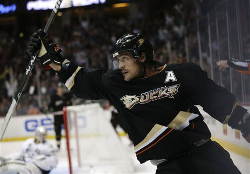 Anaheim Ducks' Teemu Selanne, of Finland, celebrates his goal against the Dallas Stars during the second period of an NHL hockey game in Anaheim, Calif., Wednesday, April 3, 2013. (AP Photo/Jae C. Hong)