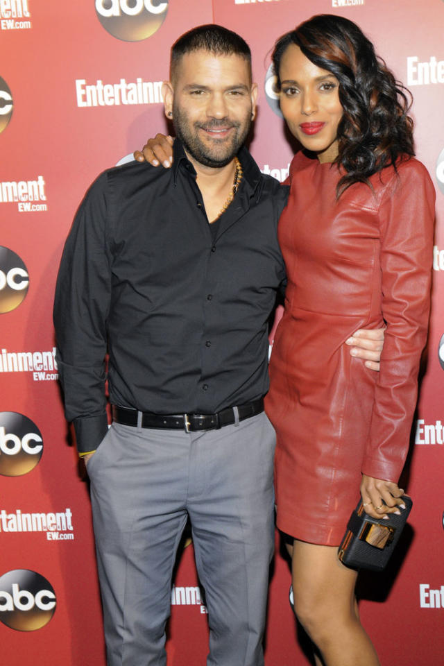 Guillermo Diaz and Kerry Washington attend the Entertainment Weekly & ABC 2013 New York Upfront Party at The General on May 14, 2013 in New York City.