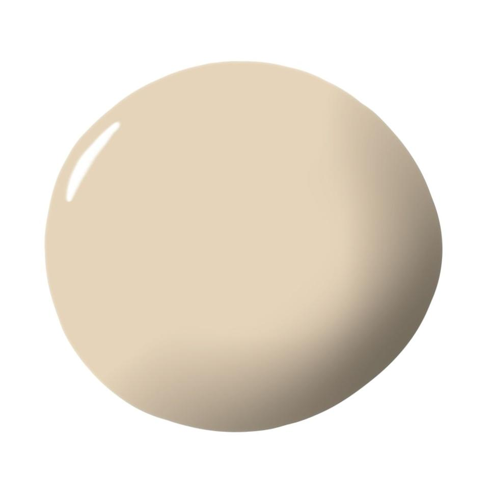 """<p>""""Dunn Edwards has created a modern take on the classic Butter Cream hue. It's a buttery neutral that can swing traditional or contemporary. The taupe base allows for a fresh look to be paired with such a classic color. Buttercream isn't just for your Nantucket kitchen. It goes beyond its own borders."""" — <em><a href=""""https://www.wethreedesignstudio.com/"""" target=""""_blank"""">Kristen Grove</a></em></p><p><a class=""""body-btn-link"""" href=""""https://www.dunnedwards.com/colors/browser/det662"""" target=""""_blank"""">Explore the Color</a></p>"""