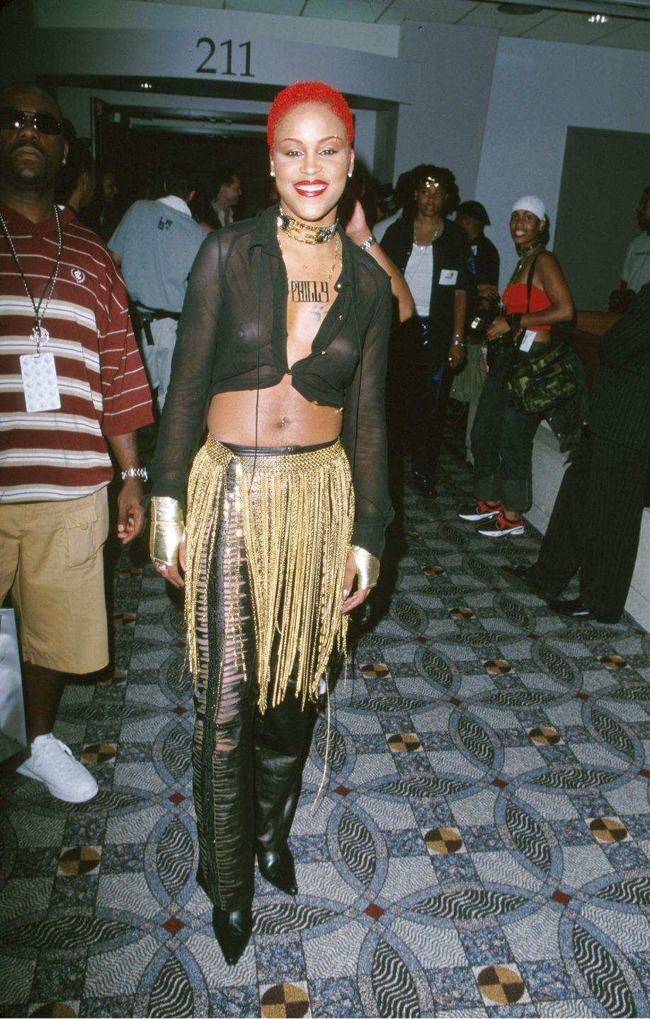 <p>Unable to choose between a flapper skirt and slashed leather pants, Eve wore both to the Source Hip-Hop Music Awards.</p>
