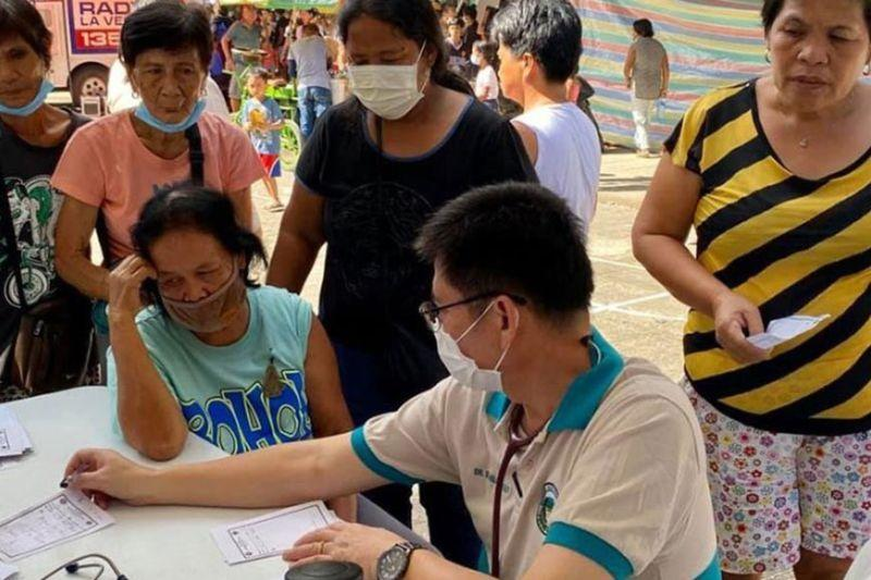 Residents of 12 Batangas towns told: Go home but be ready to flee