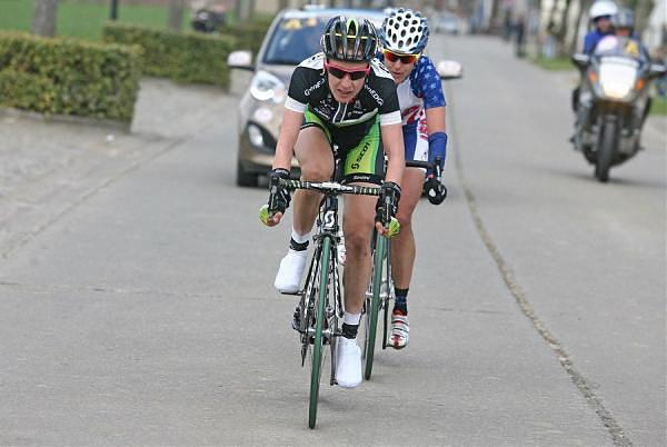 Judith Arndt and Kristin Armstrong in the winning breakaway at 2012 Tour of Flanders