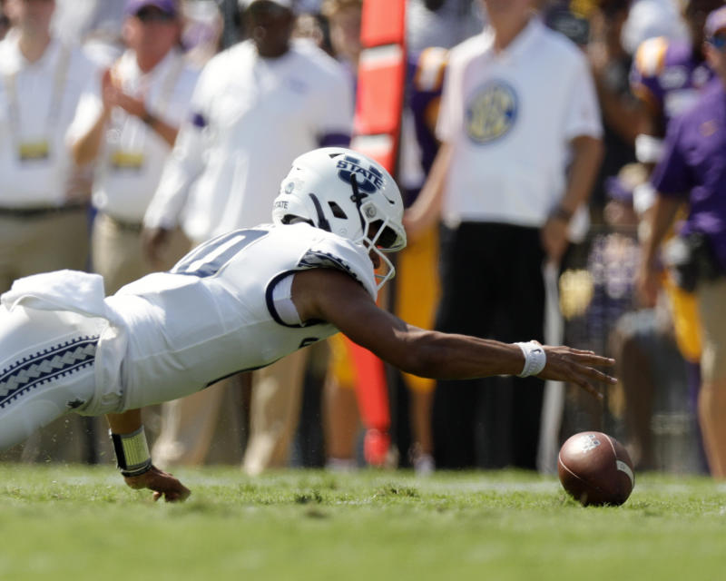 Utah State QB Jordan Love had a rough game in Baton Rouge, but Round 1 remains a possibility. (Getty Images)