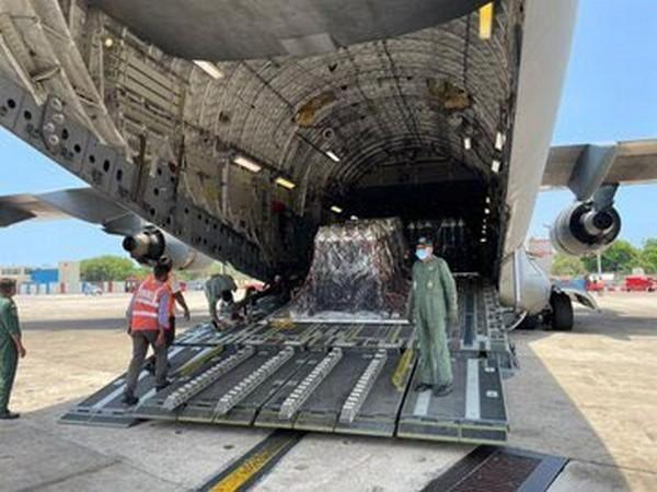 IAF aircraft carrying another 450 oxygen cylinders from UK arrives in Chennai (Photo Credit: Twitter/ Arindam Bagchi)