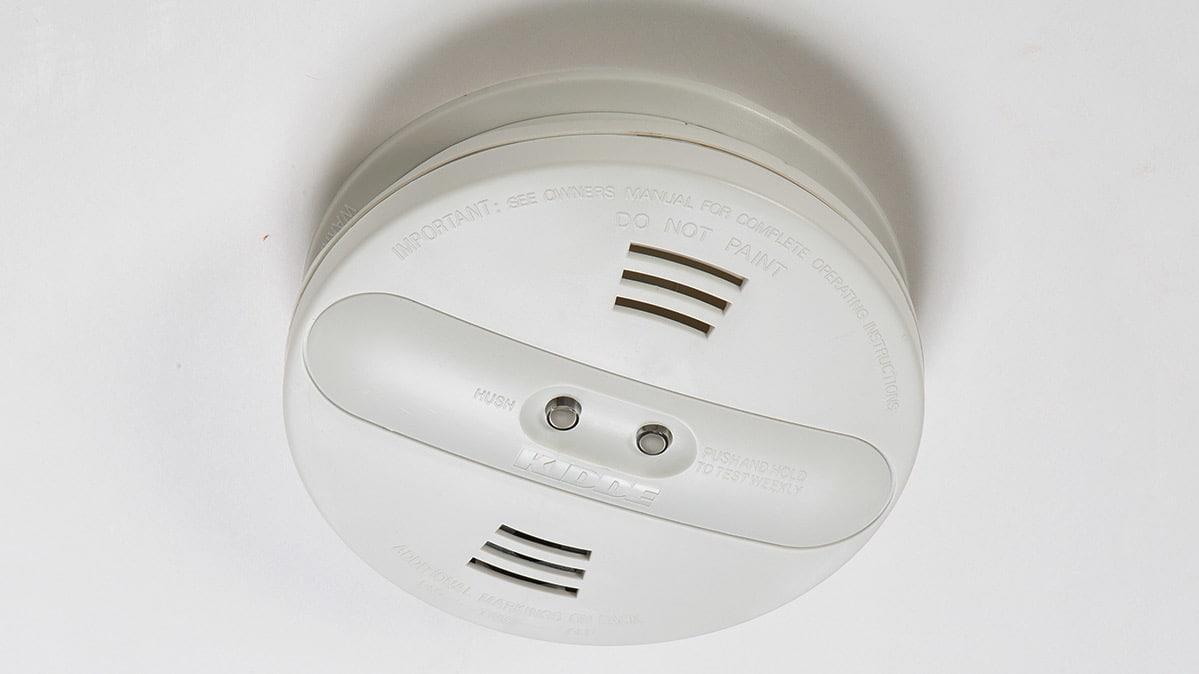 Kidde has recalled almost 500,000 dual-sensor smoke detectors in the U.S. and Canada because a manufacturing malfunction can compromise the devices' ability to detect smoke. Specifically, a yello...<br/>