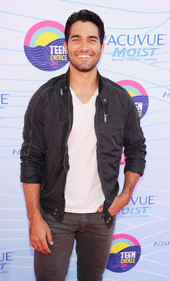 Actor Tyler Hoechlin arrives at the 2012 Teen Choice Awards at Gibson Amphitheatre on July 22, 2012 in Universal City, California.