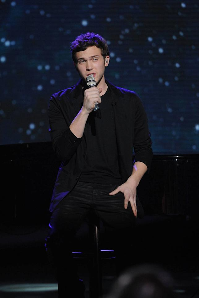 "Phillip Phillips performs ""We've Got Tonight"" by Bob Seger on ""<a target=""_blank"" href=""http://tv.yahoo.com/american-idol/show/34934"">American Idol</a>."""