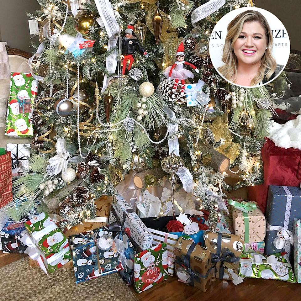 """<p>Kelly Clarkson decorated her Christmas tree over Thanksgiving weekend, much to the delight of her 2-year-old daughter, River Rose. """"Elf on the shelf is back!"""" Clarkson exclaimed on Instagram. """"River found two elves hiding in our tree! Where will they be tomorrow? #ElfOnThe Shelf #MagicWinsEveryTime."""" (Photo: <a rel=""""nofollow"""" href=""""https://www.instagram.com/p/BNP1l3-hqRB/"""">Instagram</a>/Getty Images) </p>"""