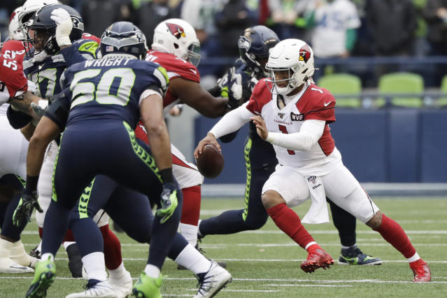 Kyler Murray's injury didn't hinder the Cardinals upset of the Seahawks on Sunday. (AP Photo/Elaine Thompson)