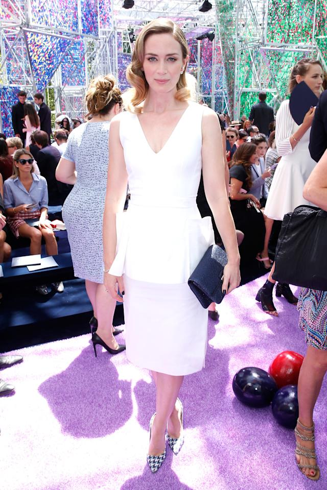 <p>The British actress arrived to the Christian Dior Haute Couture show in Paris looking effortlessly chic in a simple white dress from the brand. <br /><br /></p>