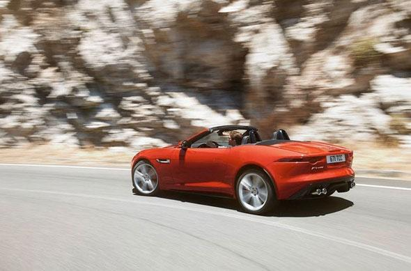 More pictures of F-Type leaked