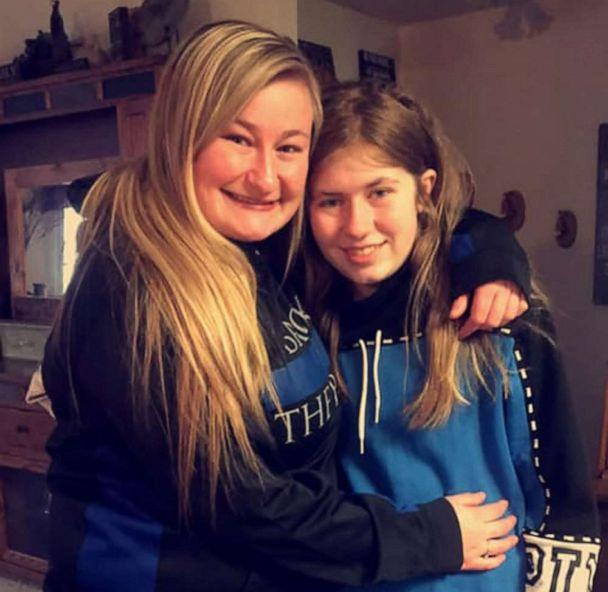 PHOTO: Lindsey Smith and Jayme Closs pose for a picture released to the media in January 2019. (Courtesy Lindsey Smith )