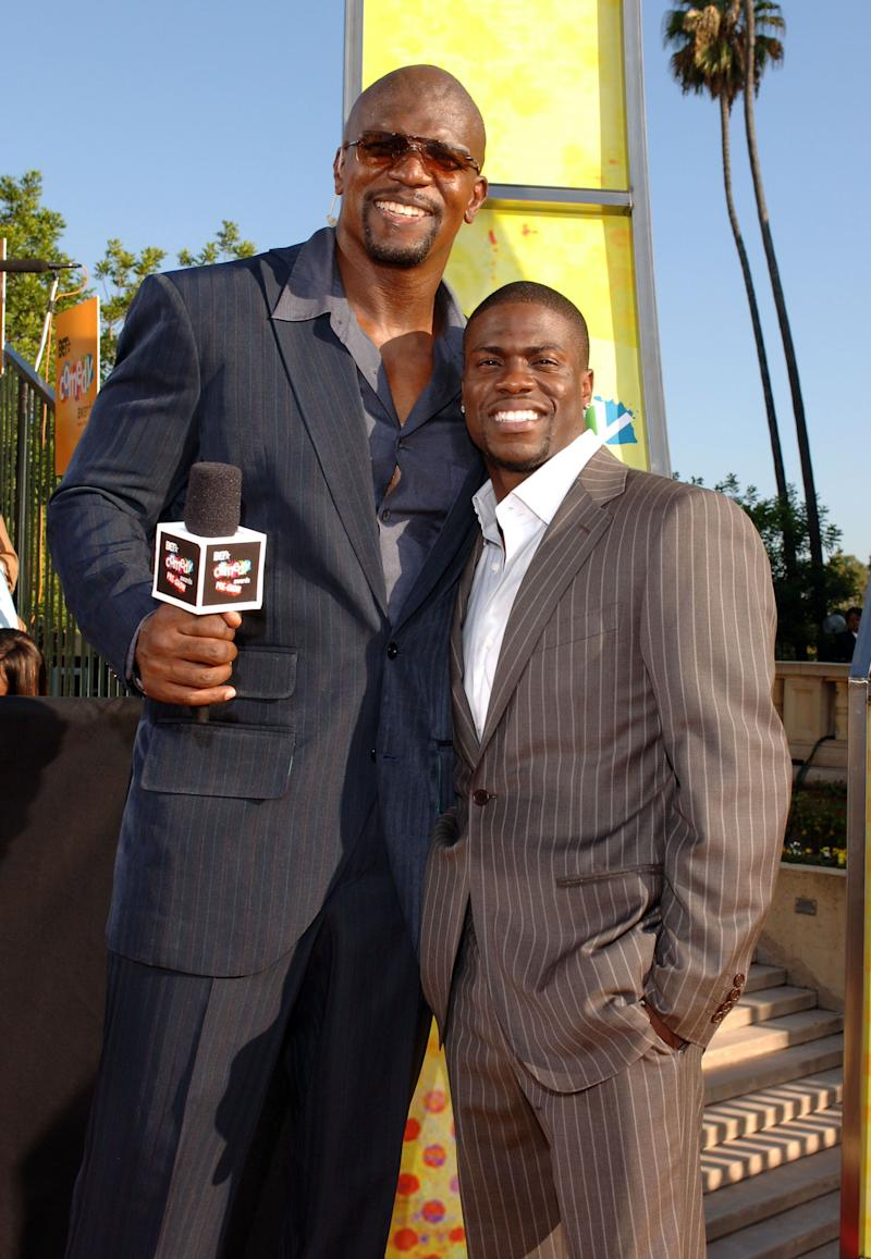 Terry Crews and Kevin Hart on the 2005 BET Comedy Awards' red carpet. (Photo: L. Cohen via Getty Images)