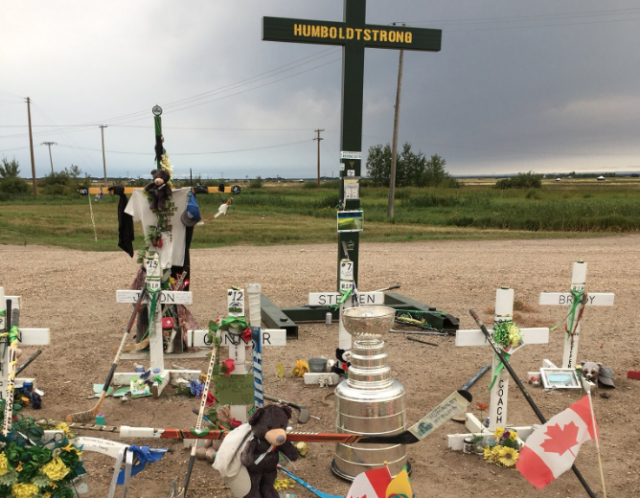 Chandler Stephenson brings the most iconic trophy in sports to the site of the tragic Humboldt Broncos bus crash. (Photo: Instagram)