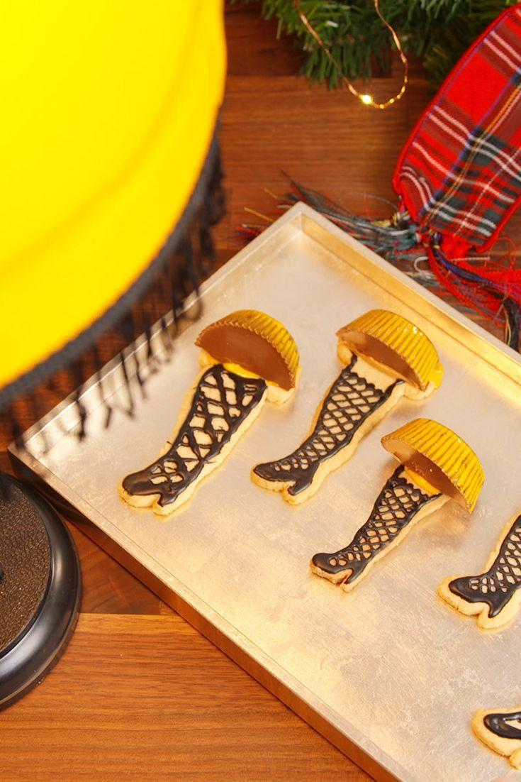 "<p>These leg lamp cookies are a major homage to an unforgettable <em>Christmas Story</em>. </p><p>Get the recipe from <a href=""https://www.delish.com/cooking/recipes/a50435/leg-lamp-cookies-recipe/"" rel=""nofollow noopener"" target=""_blank"" data-ylk=""slk:Delish"" class=""link rapid-noclick-resp"">Delish</a>.</p>"
