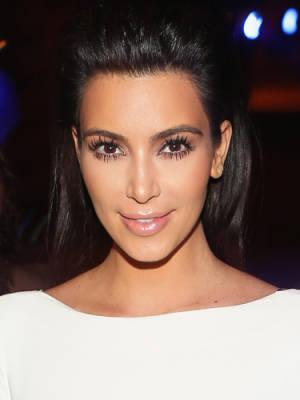 "<div class=""caption-credit""> Photo by: Getty Images</div><div class=""caption-title"">Kim Kardashian</div>According to this reality star, a spoonful of sugar helps your skin glow, which is true. Kim adds the sweet stuff to her body wash ""for a gentle exfoliating experience."" <br> <b>Related: <a rel=""nofollow"" href=""http://www.cosmopolitan.com/hairstyles-beauty/skin-care-makeup/ways-to-remove-self-tanner?link=rel&dom=yah_life&src=syn&con=blog_cosmo&mag=cos"" target=""_blank"">Easy Ways to Fix Self-Tanner Screw-ups</a> <br> Related: <a rel=""nofollow"" href=""http://www.cosmopolitan.com/hairstyles-beauty/skin-care-makeup/ways-to-get-rid-acne?link=rel&dom=yah_life&src=syn&con=blog_cosmo&mag=cos"" target=""_blank"">8 Ways to Get Rid of Acne</a> <br> Related: <a rel=""nofollow"" href=""http://www.cosmopolitan.com/hairstyles-beauty/skin-care-makeup/jennifer-aniston-hair-and-the-men-she-has-dated?link=rel&dom=yah_life&src=syn&con=blog_cosmo&mag=cos"" target=""_blank"">What Jennifer Aniston's Hair Says About Her Love Life</a></b>"