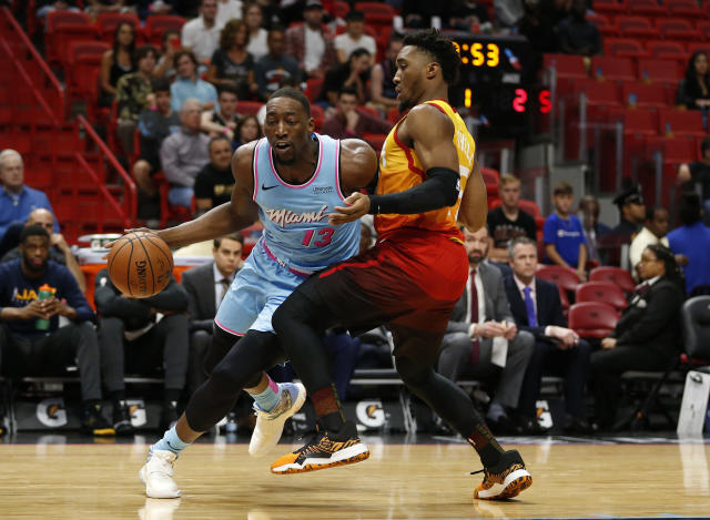 Bam Adebayo(運球者)。(AP Photo/Joel Auerbach)