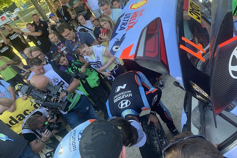 Puncture deals blow to Neuville's title ambitions