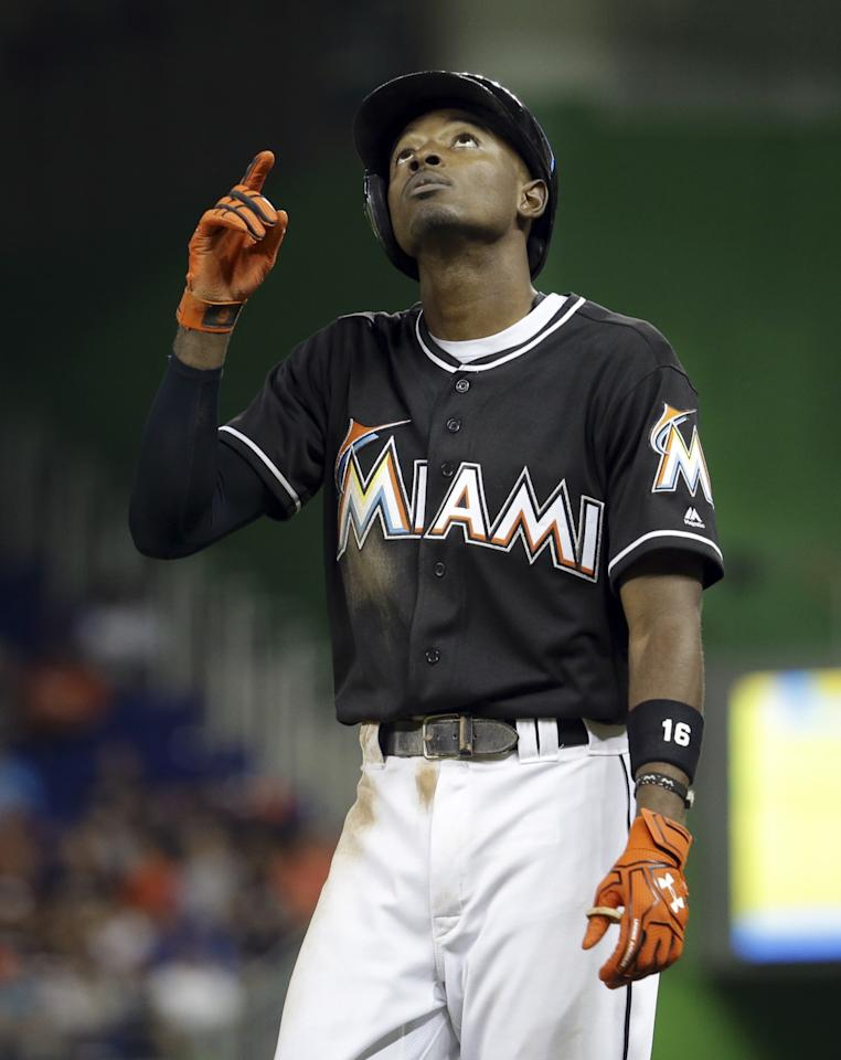 a311e045738f255495a114ce10eec32d emotional night in miami as players and fans honor jose fernandez,Dee Gordon Meme