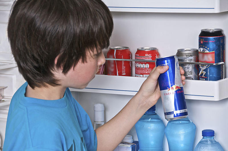 What does too much caffeine do to children? [Photo: Getty]