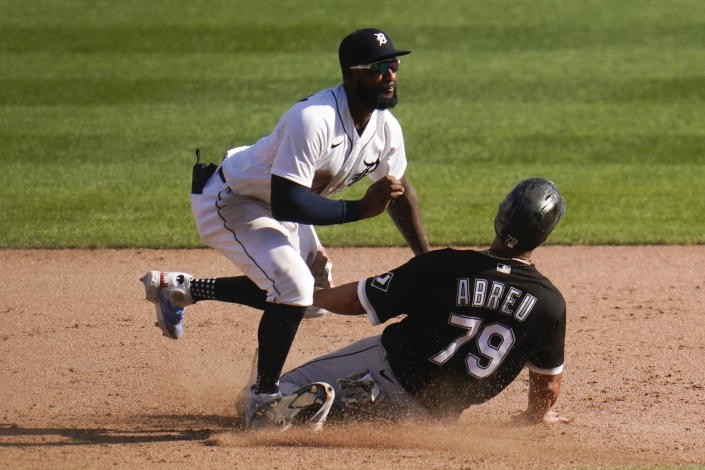 Detroit Tigers shortstop Niko Goodrum tags Chicago White Sox's Jose Abreu (79) out at second base in the ninth inning of a baseball game in Detroit, Monday, Sept. 27, 2021. (AP Photo/Paul Sancya)