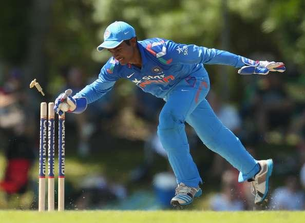 DARWIN, AUSTRALIA - AUGUST 02: Sanju Samson of India 'A' unsuccessfully attempts a run out during the Cricket Australia Quadrangular Series Final match between Australia 'A' and India 'A' at Marrara Oval on August 2, 2014 in Darwin, Australia. (Photo by Scott Barbour/Getty Images)
