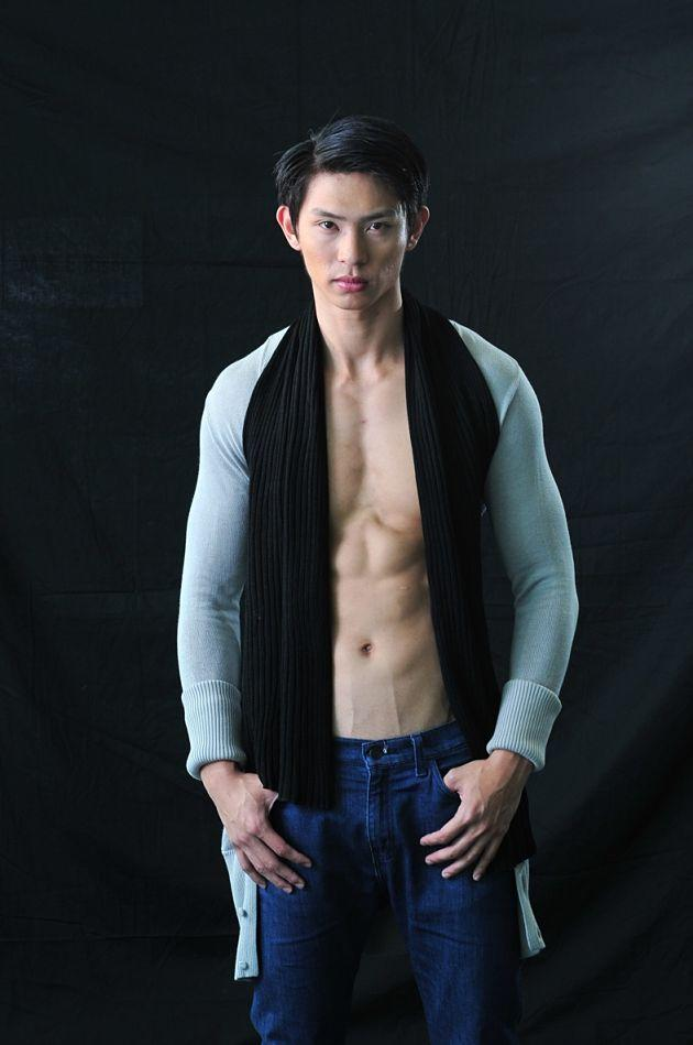 The oldest among the male finalists, 25-year old Gerald Lim stands at 1.91m. (Photo courtesy of Elite Model Look Singapore)