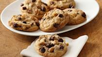"<p>If <a href=""https://www.thedailymeal.com/eat/chocolate-chip-cookies-ranked-gallery?referrer=yahoo&category=beauty_food&include_utm=1&utm_medium=referral&utm_source=yahoo&utm_campaign=feed"" rel=""nofollow noopener"" target=""_blank"" data-ylk=""slk:classic chocolate chip cookies"" class=""link rapid-noclick-resp"">classic chocolate chip cookies</a> are your favorite treat, try enhancing them with a little holiday flair, courtesy of cinnamon.</p> <p><a href=""https://www.thedailymeal.com/recipes/cinnamon-chocolate-chip-cookies-recipe-0?referrer=yahoo&category=beauty_food&include_utm=1&utm_medium=referral&utm_source=yahoo&utm_campaign=feed"" rel=""nofollow noopener"" target=""_blank"" data-ylk=""slk:For the Cinnamon Chocolate Chip Cookies recipe, click here."" class=""link rapid-noclick-resp"">For the Cinnamon Chocolate Chip Cookies recipe, click here.</a></p>"