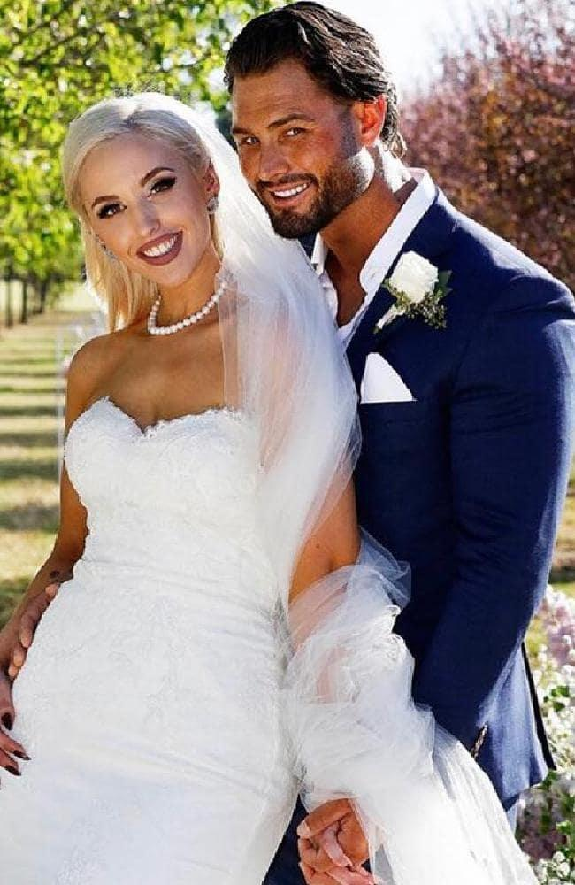 and Sam Ball wedding portrait Married at First Sight 2019