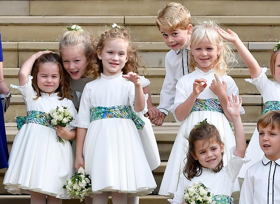 Junto al resto de niños de la familia real británica, el príncipe George ejerció de paje durante la boda de Eugenia de York y y Jack Brooksbank. Antes de la ceremonia todos posaban en las escaleras de la capilla de San Jorge y el hijo mayor de William y Kate volvía a demostrar su carácter divertido. (Foto: Toby Melville / AFP / Getty Images).