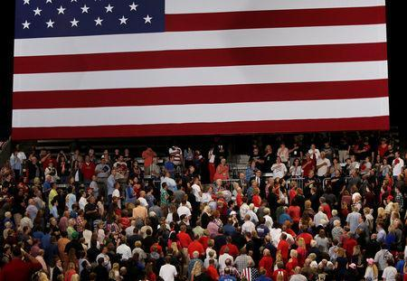 Supporters of U.S. President Donald Trump attend a rally in Springfield, Missouri, September 21, 2018. Picture taken September 21, 2018. REUTERS/Mike Segar