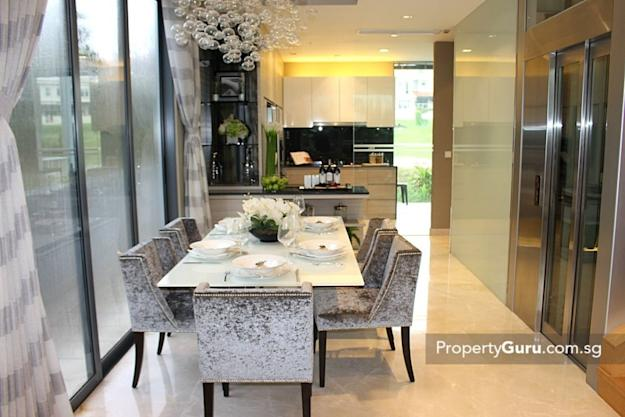 Belgravia Villas dining and kitchen