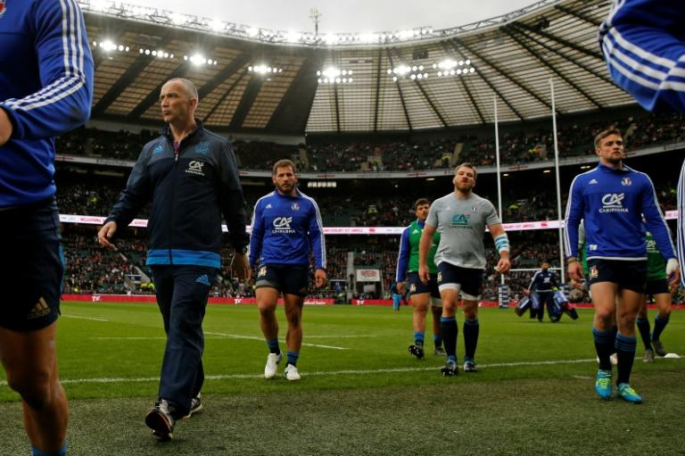 When Italy meet France for the 40th time at the Stadio Olimpico, coach Conor O'Shea (L) will be hoping to scare a far bigger opponent for the second game in succession