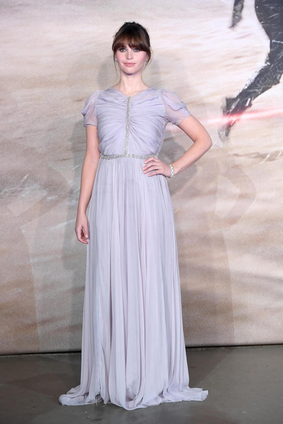 <p>Felicity slipped into an ethereal Giambattista Valli, from the luxe Italian label's haute couture collection, for the film's premiere at London's Tate Modern. [Photo: Getty] </p>
