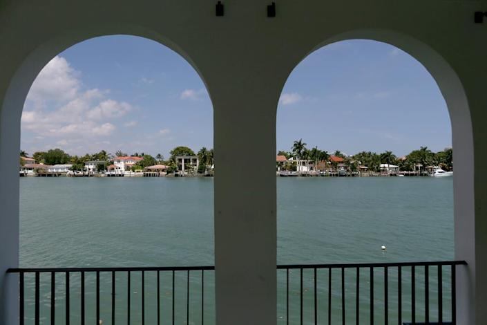 <p><i>A view of Biscayne Bay from the cabana. (<i>Photo: Joe Raedle/Getty Images)</i><br></i></p>