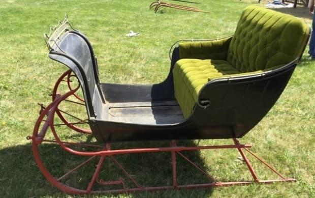 Pictured above is an original McLaughlin cutter from McLaughlin Carriage Co., produced in 1869. Kim Bowie says the cutter was the race car of its time.
